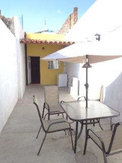 El Patio close to the center and mall with washing machine - Tlaquepaque vacation rentals