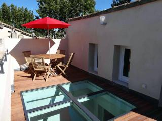 Flat Avignon Intra Muros - Avignon vacation rentals