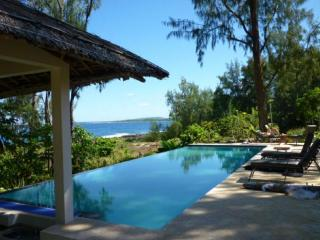 2 Amazing Waterfront Villas - Vanuatu vacation rentals