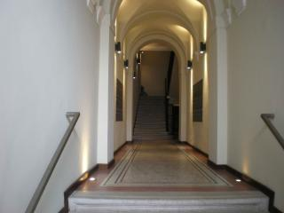 MANZONI -OPERAHOUSE - Chuy vacation rentals
