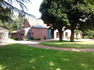 Renovated farm 20p, splendid views, large rooms - Peer vacation rentals
