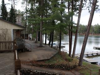 10 Steps to the Water  Waupaca Chain O'Lakes #3 - Waupaca vacation rentals