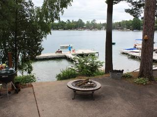 Lakefront Cottage on Waupaca Chain O'Lakes #4 - Waupaca vacation rentals