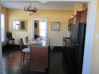 Lighthouse apt. Great location right by Lighthouse Outlet Mall See the Sale! - Beverly Shores vacation rentals