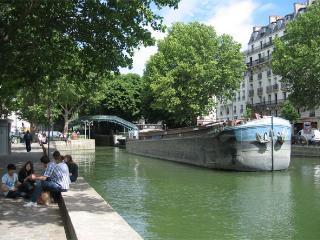 Little house in Paris, Loft, Canal Saint-Martin - Paris vacation rentals
