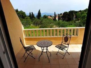 apartmen Maja*** (two bedrooms, two balconies) - Brac vacation rentals