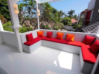 BALIPOP Villa 4br Seminyak 300m from the beach - Seminyak vacation rentals