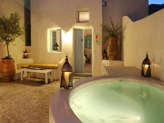 Romantic & Luxurious Villa Ivi - Megalochori vacation rentals