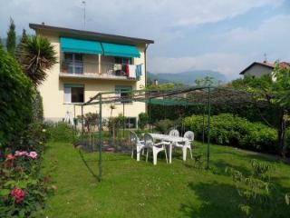 CASA GELSOMINO  Home Holidays Lake Como EXPO2015 - Mandello del Lario vacation rentals