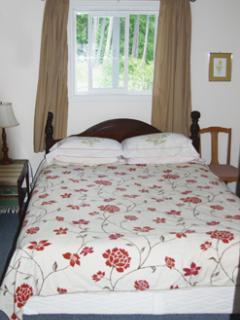 Sunnybrae Cottage & Wellness Retreat Center - Tappen vacation rentals