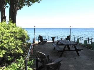 All Season Retreat on Lake Simcoe - Oro Station vacation rentals