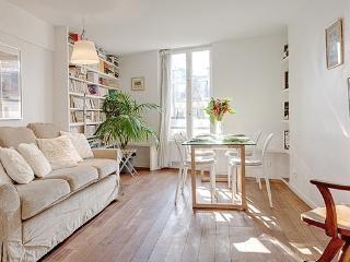 Apartment Chatelet vacation holiday apartment rental france, paris, 1st arrondissement, chatelet, sleeps six, centally located, paris apart - Paris vacation rentals
