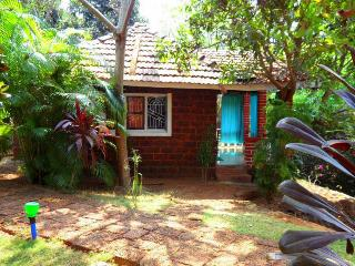 Romantic couples retreat in cottage Berlin - Gokarna vacation rentals