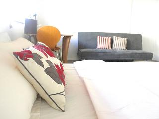 Central London Self Catering Studio Flat Zone 2 - England vacation rentals