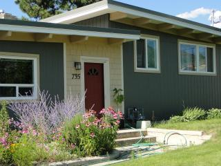 Bright & Airy Vacation Rental Home in Penticton - Penticton vacation rentals