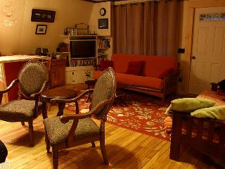 Cozy Cottage with Deck and Internet Access - Newry vacation rentals