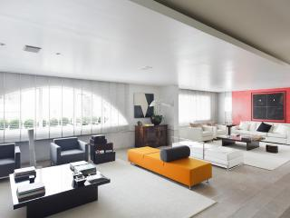 Exclusive 4 Bedroom Apartment in Jardins - State of Sao Paulo vacation rentals