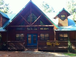LUXURY 5 bedroom Lodge on 2 Acres - Oklahoma vacation rentals