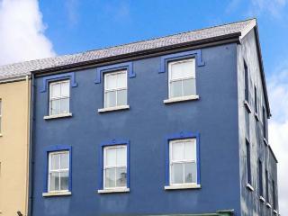 HARBOUR APARTMENT, balconies, en-suites, in Clifden, Ref. 25989 - County Galway vacation rentals