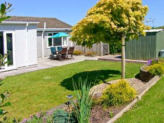 BRYN EITHIN, close to the coast, all ground floor, table football, in Benllech, Ref. 26122 - Benllech vacation rentals