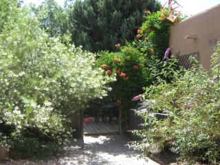 2 bedroom Condo with Deck in Albuquerque - Albuquerque vacation rentals