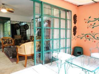 Colonial house patio, garden, pool. - Las Gamas vacation rentals