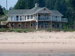 Perfect 4 bedroom Souris Cottage with Deck - Souris vacation rentals
