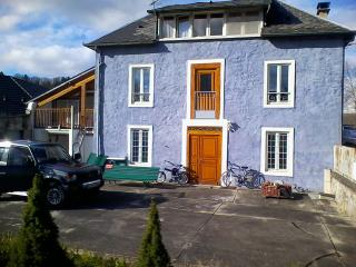 Comfortable 2 bedroom Cottage in Trebons - Trebons vacation rentals