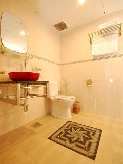 Luxury 4 Bedroom Apartment / Daily Rent