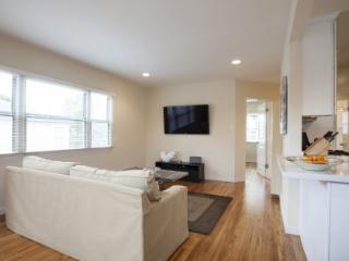 SM Contemporary Cottage - Santa Monica vacation rentals