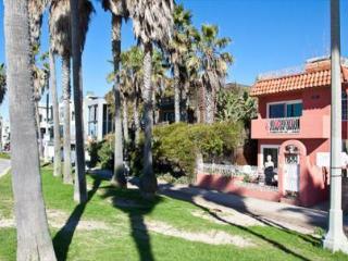 VE Buddha House - Zen - Santa Monica vacation rentals