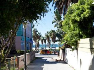 VE Dudley Upper - Santa Monica vacation rentals