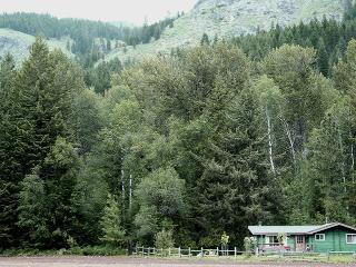 North Cascades Cozy Cabin with Corral - Winthrop vacation rentals