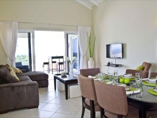 Royal Palm Resort. Luxury 2B-room Apart ocean view - Willemstad vacation rentals
