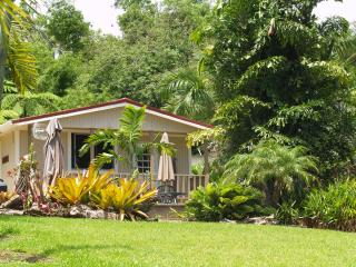 Cozy Cottage with Internet Access and Cleaning Service - Rio Grande vacation rentals