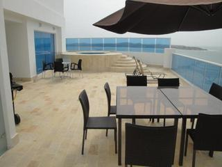 YOUR OWN TERRACE WITH A 8+ PERSON HOT TUB OVERLOOKING THE SPECTACULAR SEA AND BEACH - AMAZING LUXURY PENTHOUSE WITH MILLION DOLLAR VIEWS - Cartagena - rentals