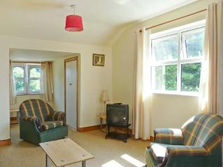 KILKARTAN HOUSE TWO, pet-friendly, central location, off road parking, in Ballina, Ref. 11676 - Ballina vacation rentals