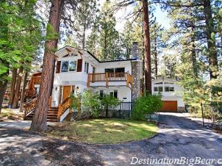 Snow Summit Retreat - Walk to Snow Summit! Spa! - Big Bear Lake vacation rentals