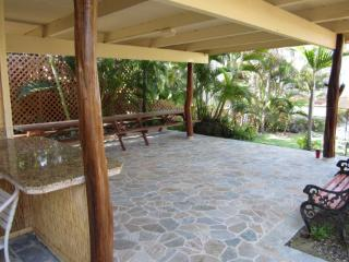 2 BEDROOM OCEAN FRONT PROPERTY FROM $79.00 NIGHTLY - Kailua-Kona vacation rentals