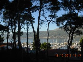 good apartment for a small price - Split vacation rentals