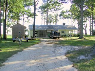 I Love To Fish Cottage On Chesapeake Bay - Ophelia vacation rentals