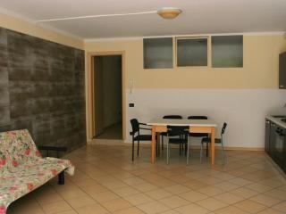Appartamento Solferino Desenzano del Garda - Desenzano Del Garda vacation rentals
