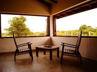 Kirinda Lodge by Ceilão Villas - Tissamaharama vacation rentals