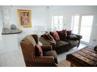 Newborough - Luxury Apartment in Town Centre - Kinsale vacation rentals
