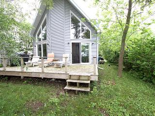 Perfect Ontario vacation Cottage with Television - Ontario vacation rentals