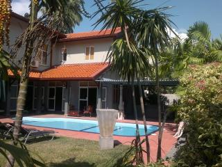 Palms Villa with Private swimming Pool Green room - Negombo vacation rentals