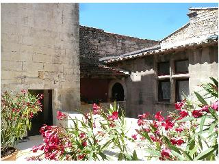 La Villages - Bed and Breakfast - Vallabregues vacation rentals