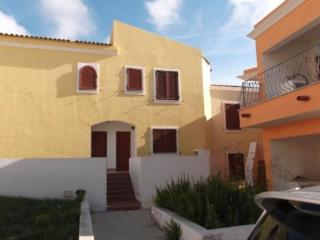 Moon Valley House_nice and low cost accommodation! - Santa Teresa di Gallura vacation rentals