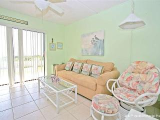Beachers Lodge 116, Beach Front, Queen Sized Suite, Ground Floor - Saint Augustine vacation rentals