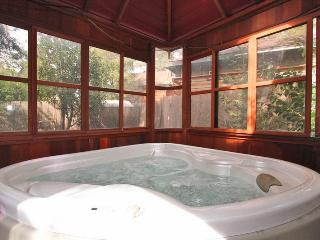 Bear Necessities - Hot Tub! Budget! Affordable! - Moonridge vacation rentals